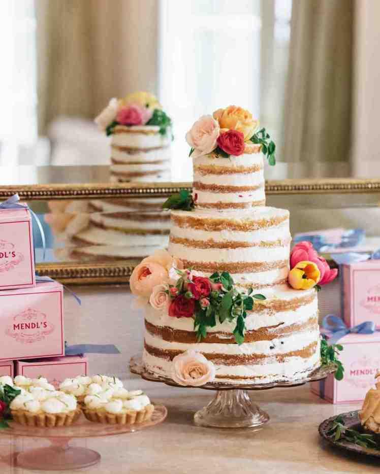 margo-me-bridal-shower-cake-7280-s112194-0515_vert